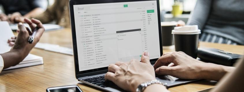 100 E-Mail Texte Vorlagen